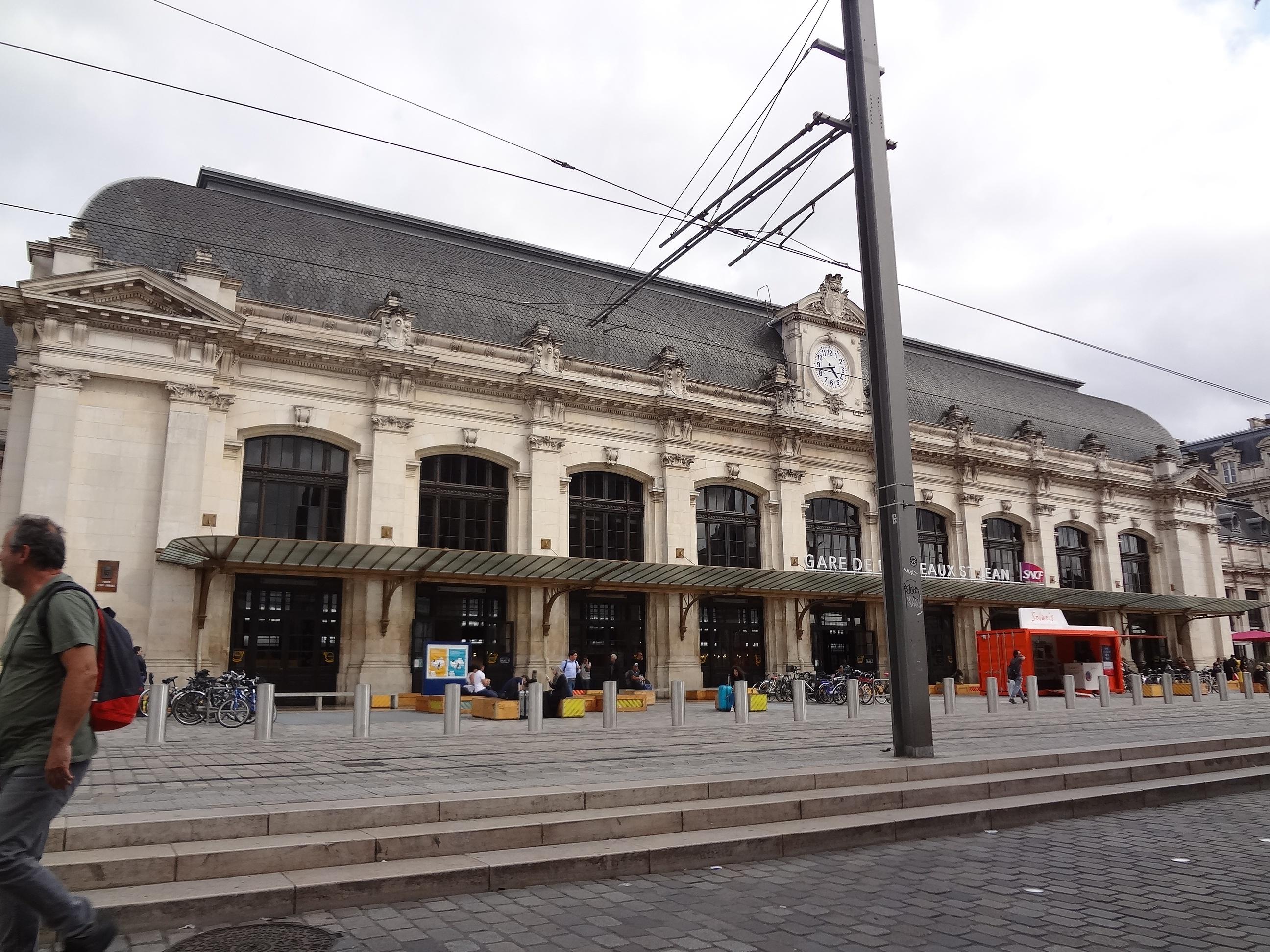 ボルドー駅.jpg